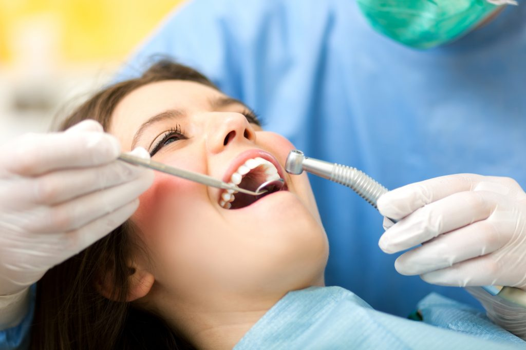 who offers a good dental office coral springs?